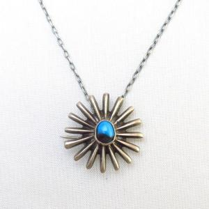 Vintage Casted Burst Shape Pin & Necklace w/Bisbee TQ c.1960