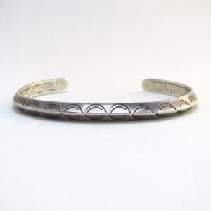 Antique Stamped Narrow Triangle Wire Cuff Bracelet  c.1915~
