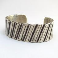 【Greg Lewis】 Acoma Bias Stamped Heavy Silver Cuff Bracelet