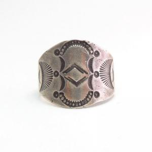 Antique Navajo Stamped Silver Early Tourist Ring  c.1915~