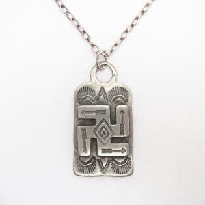 Atq Arrows Stamped 卍 Applique Tag Pendant Necklace  c.1930