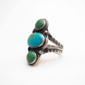 Antique 3 Turquoise Row Small Stamped Silver Ring  c.1940