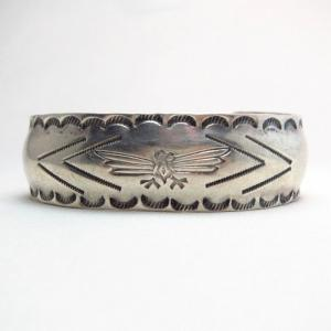 Antique 【Arrow Novelty】 Thunderbird Stamped Cuff  c.1920~