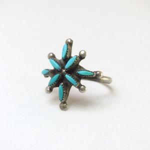 OLDPAWN Zuni Needlepoint Turquoise Cluster Ring  c.1970~