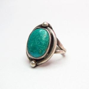 Antique Split Shank Ring with Oval TQ  c.1940~