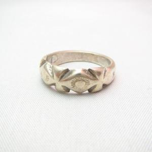 Vintage Navajo Filed & Stamped Silver Small Ring  c.1940~