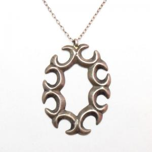 OLDPAWN 8 Small Najas Oval Shaped Cast Fob Necklace  c.1970~