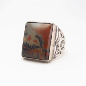 【Fred Wilson's/Morris Robinson】 Ring w/PetrifiedWood  c.1940