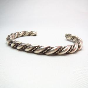 OLDPAWN Twisted Silver Wire Cuff Bracelet  c.1960~